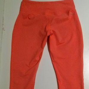 Women's Reebok XS Capri Yoga Pants